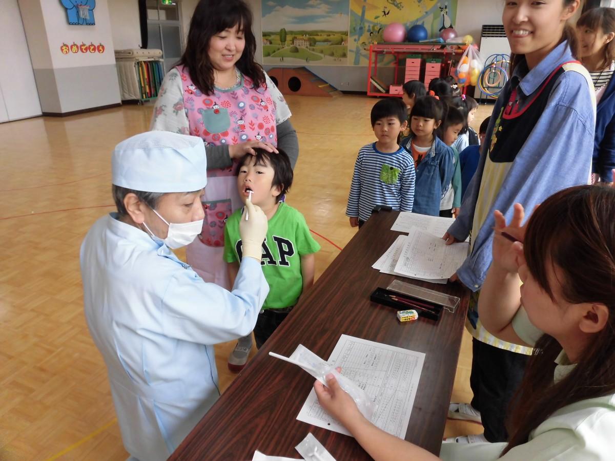 6月の一斉保育と歯科検診(*^_^*)