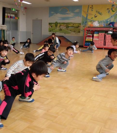 毎週火曜日は体操教室、英会話の巻